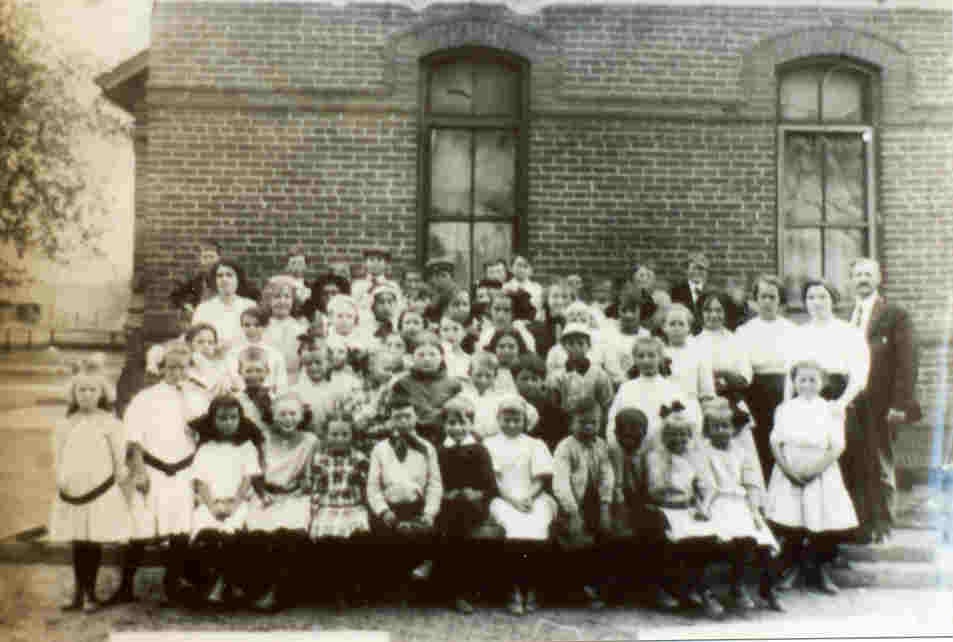 Picture - Students and Teachers, date unknown